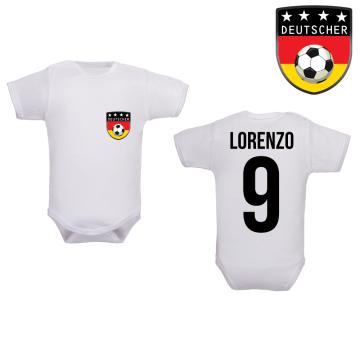 Vêtement de naissance pour les footballeurs en herbe