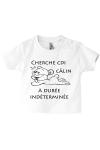 Un monde de tendresse sur le tee-shirt de bébé !