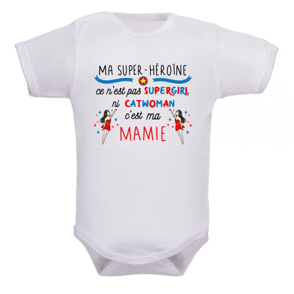 Body bébé mamie super héros, un cadeau de naissance incroyable !