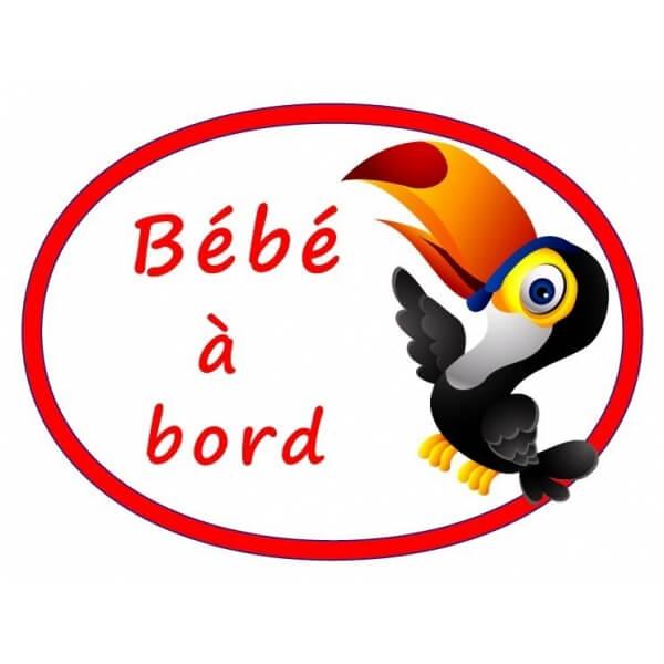 Sticker toucan bébé à bord pour une signalétique colorée et amusante